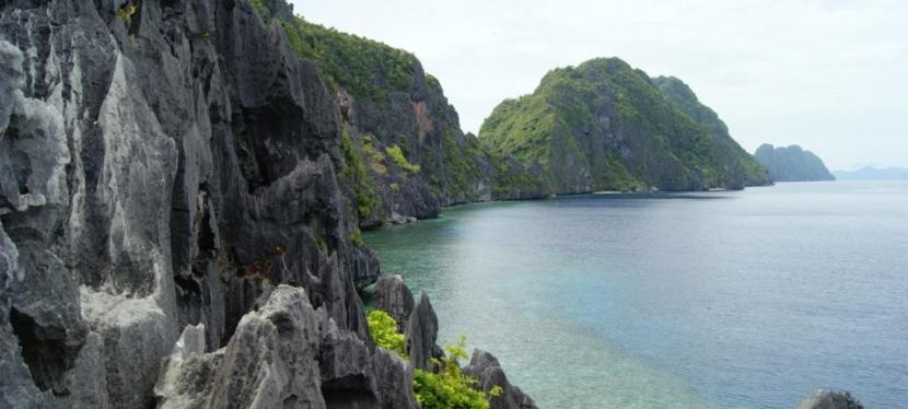 Private Island Hopping in El Nido