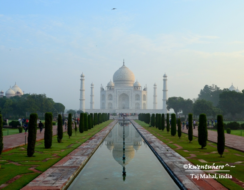 Steamy Moments at Taj Mahal and Fatehpur Sikri