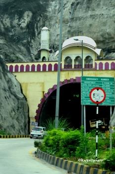 Entering Jaipur